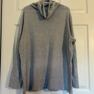 H&M long-sleeve long turtle neck sweater